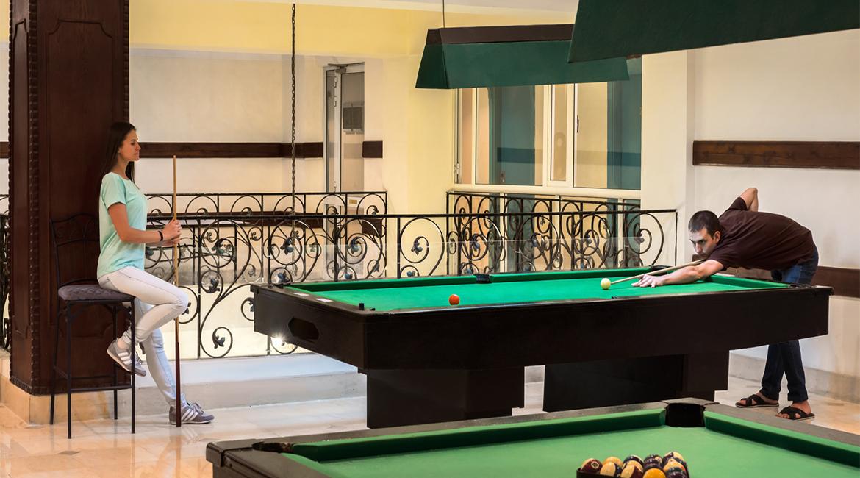 Billiard Bar